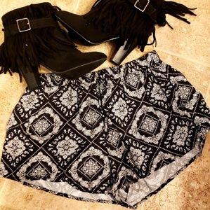Pants - Black + White Patterned Shorts!